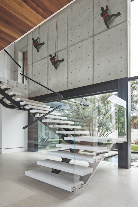 2019 professional builder design awards details stairway with Climbers sculpture