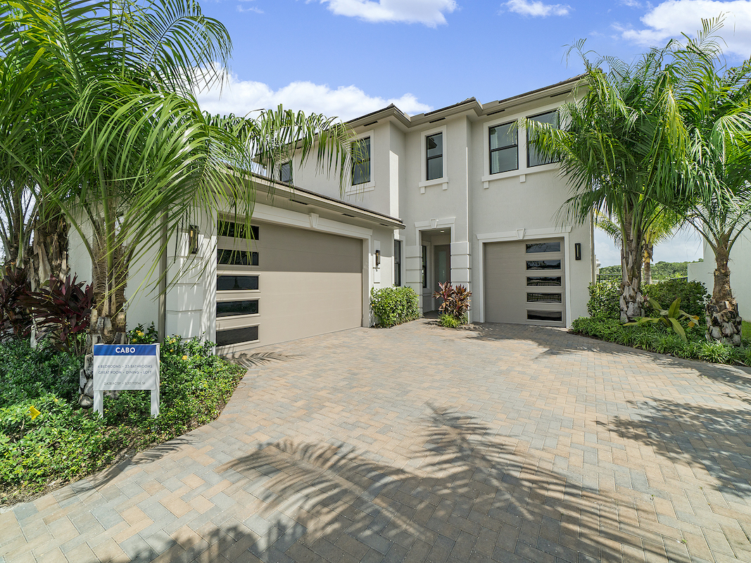 Single family exterior Cabo Plan