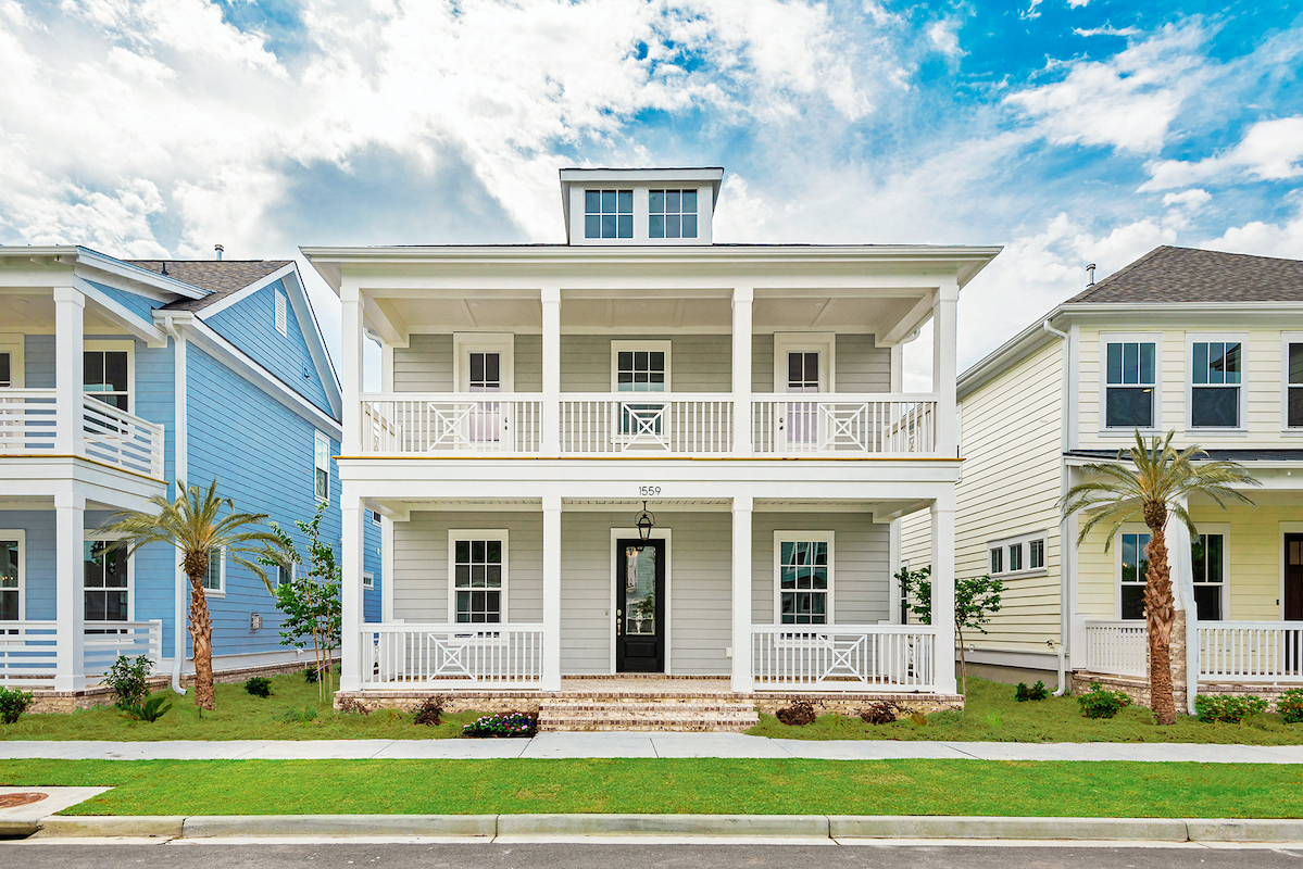 Founders Pointe single family home exterior
