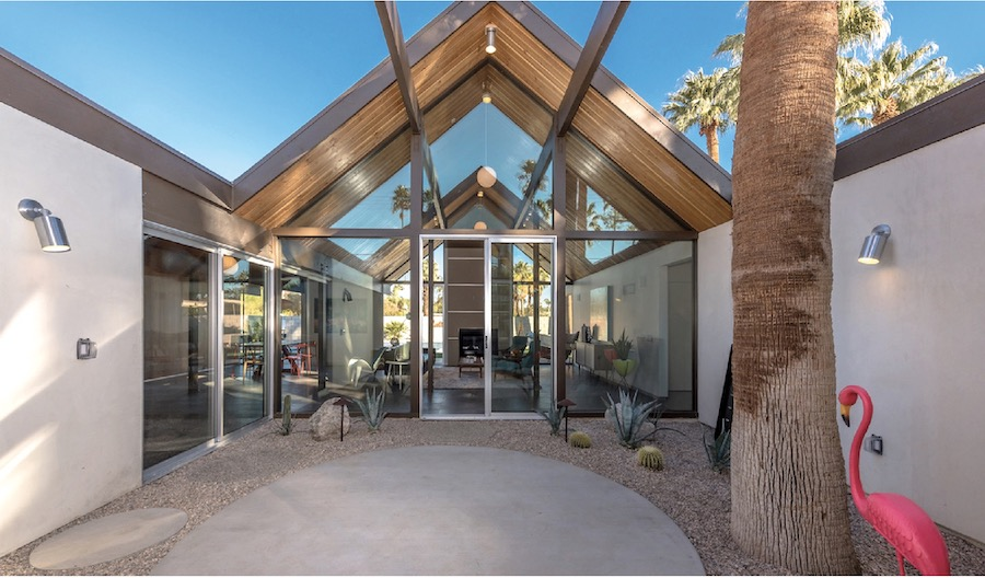 KUD Properties' Eichler-inspired home exterior courtyard
