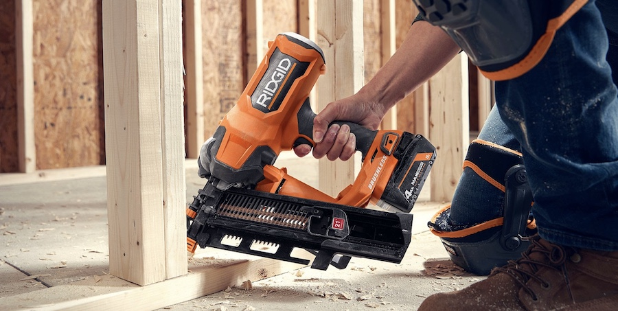 Ridgid 21-degree battery-powered framing nailer