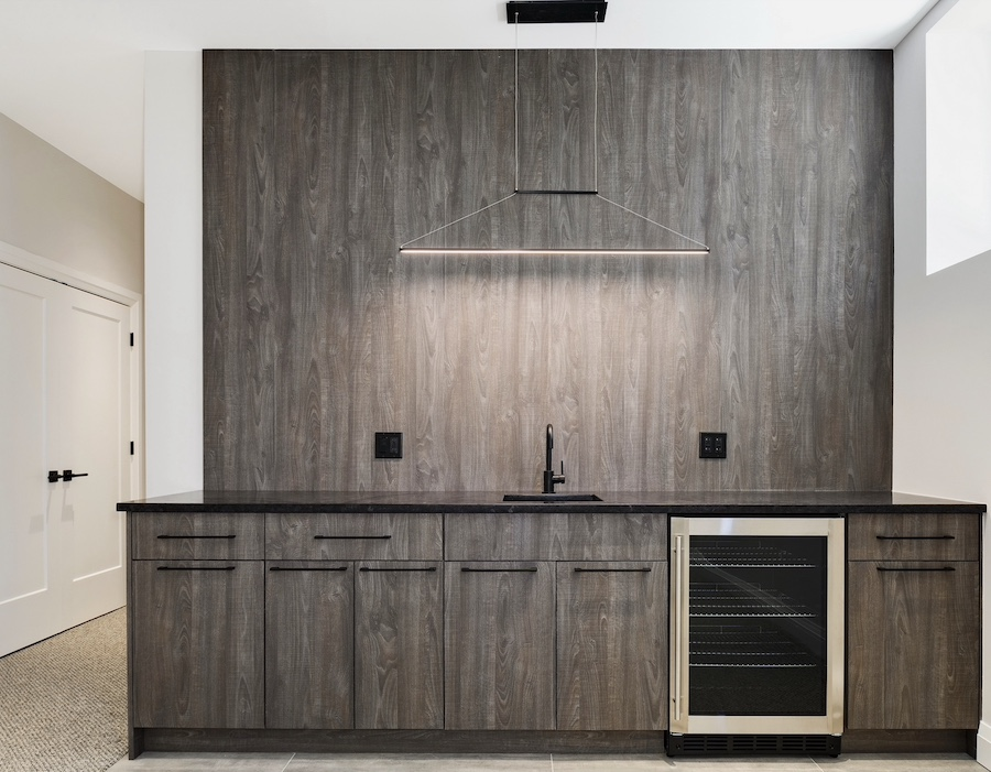 Clever lighting in the kitchen looks like a range hood but is not