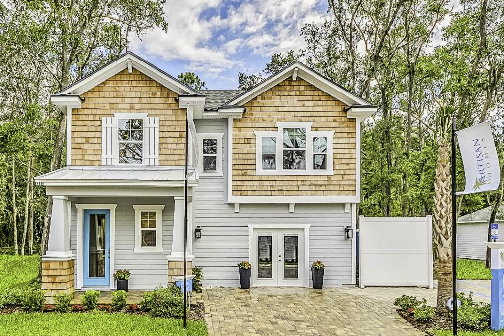 The updated coastal look of Shell Cove, on Florida's Amelia Island; Builder Artisan Homes; Architect, Housing Design Matters