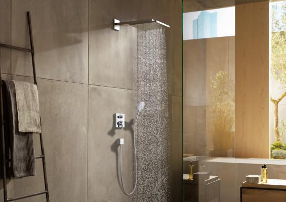 tubs showers hansgrohe professional builder