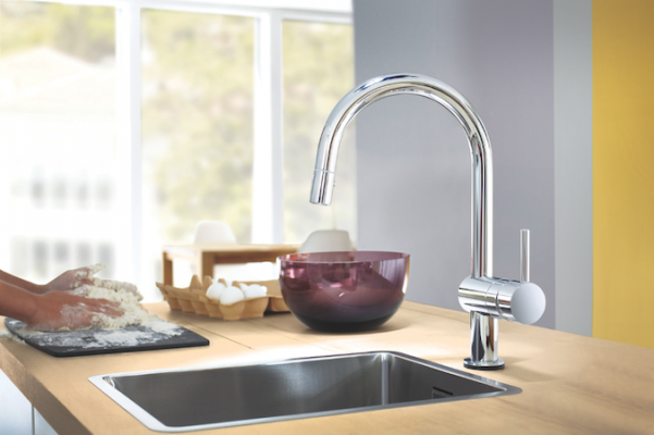 Minta Touch Kitchen Faucet Professional Builder