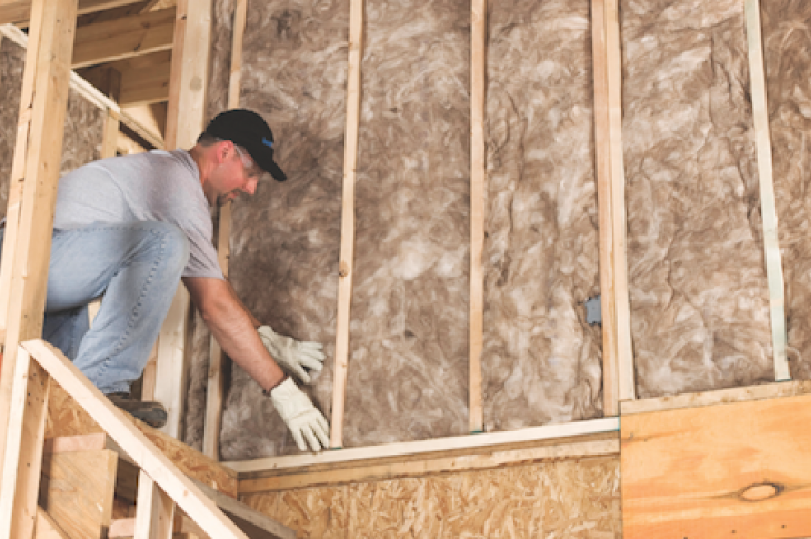 Foam-insulation-vs-fiberglass-cellulose