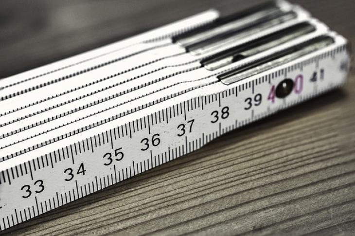 Folding ruler for measuring