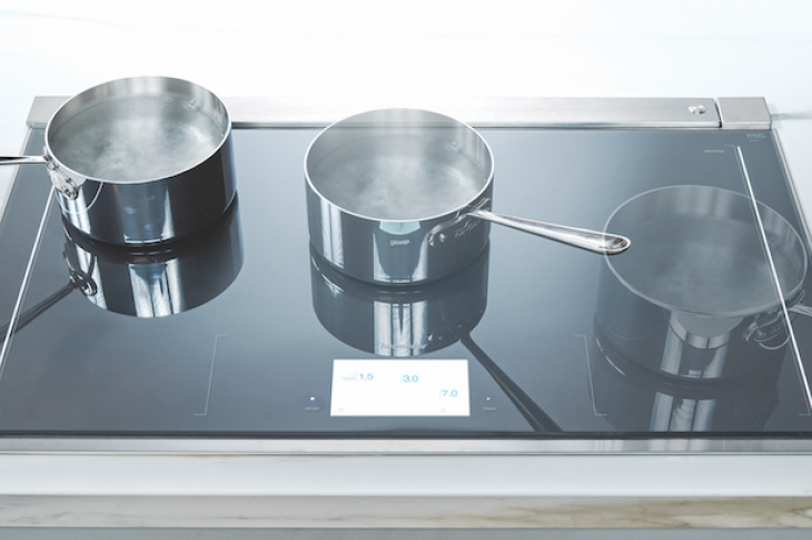 Thermador's 36-inch Freedom induction cooktop offers the largest fully usable cooking surface in its class. The cooktop's 56 induction elements allow users to heat up to six pots anywhere on the surface with full freedom of movement; the surface automatically detects cookware and transfers programmed settings to its location. Other features include a full-color touch screen control panel, teppanyaki griddle functionality, and Sapphire Glow visual feedback. When paired with a matching hood, the two appliance