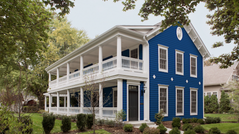 James Hardie Dream Collection siding blue and white home exterior