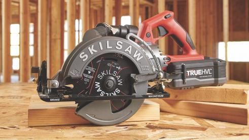 Skilsaw cordless, worm-drive saw with TrueHVL high-voltage lithium-ion battery