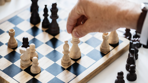 competitive strategy for home builders is like a game of chess
