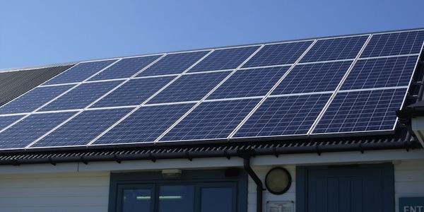 Policy makers should reduce barriers to consumer PV ownership, says renewable energy advocate