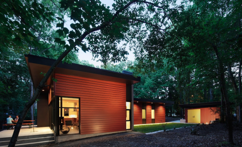 The Aiyyer residence won first place in the 2015 George Matsumoto Prize design competition for Modernist homes in North Carolina.