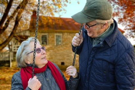 Survey Shatters Stereotype of Where Today's Retirees Want to Live