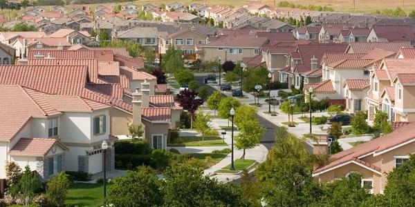Zillow Forecasts Suburban Home Buying Will Pick Up