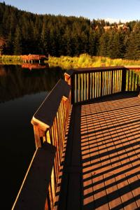 Integrity Composites, GAF, composite decking, acquistion